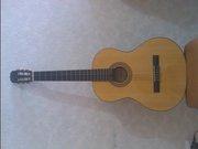 Продаётся классическая гитара