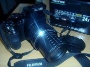 Продаю полупрофессиональный фотоаппарат Fujifilm Finepix S4200