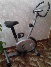 магнитный велотренажер HouseFit HB-8051HP