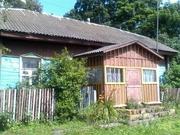 Дом в деревне с большим земельным участком
